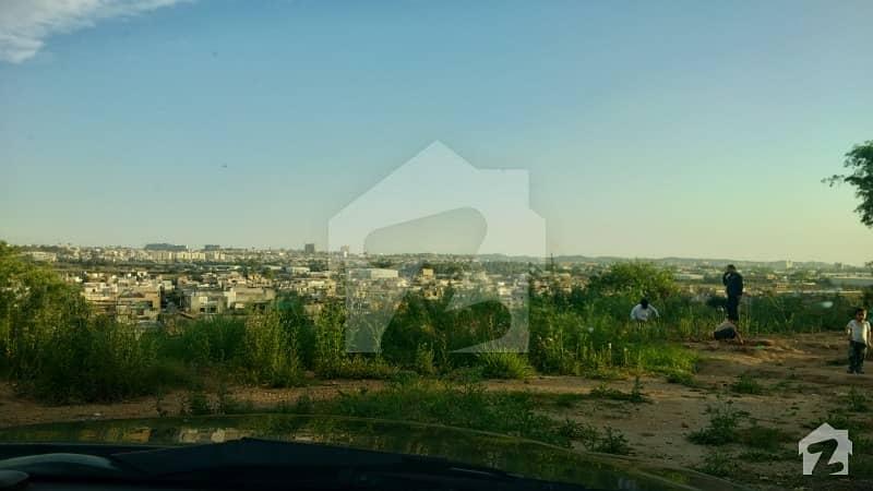 آغوش فیز 1 آغوش اسلام آباد میں 1 کنال رہائشی پلاٹ 72 لاکھ میں برائے فروخت۔