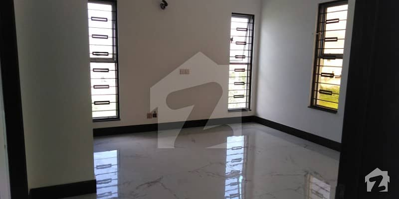 1 Kanal Lower Lock Brand New Upper Portion For Rent In Dha Phase 7