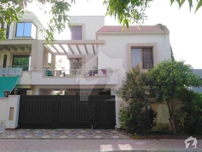 بحریہ ٹاؤن اوورسیز انکلیو بحریہ ٹاؤن لاہور میں 5 کمروں کا 10 مرلہ مکان 1.78 کروڑ میں برائے فروخت۔