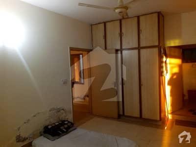 ماڈل ٹاؤن ۔ بلاک ایم ماڈل ٹاؤن لاہور میں 2 کمروں کا 5 مرلہ فلیٹ 28 ہزار میں کرایہ پر دستیاب ہے۔