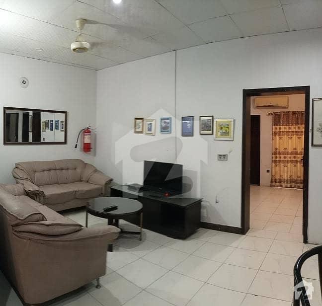 ڈی ایچ اے فیز 8 سابقہ پارک ویو ڈی ایچ اے فیز 8 ڈی ایچ اے ڈیفینس لاہور میں 2 کمروں کا 5 مرلہ فلیٹ 65 ہزار میں کرایہ پر دستیاب ہے۔