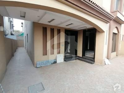 بحریہ ٹاؤن جینیپر بلاک بحریہ ٹاؤن سیکٹر سی بحریہ ٹاؤن لاہور میں 5 کمروں کا 10 مرلہ مکان 70 ہزار میں کرایہ پر دستیاب ہے۔