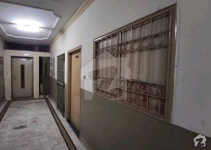 اچھرہ لاہور میں 2 کمروں کا 3 مرلہ فلیٹ 24 لاکھ میں برائے فروخت۔