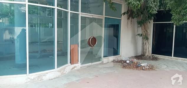 شاہراہِ فیصل کراچی میں 7 کمروں کا 2 کنال مکان 8 لاکھ میں کرایہ پر دستیاب ہے۔