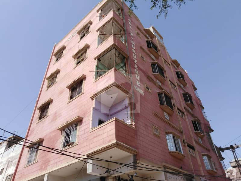 75 Sq Yard Flat For Sale Available At Latifabad No 8,, Hyderabad