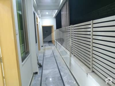 ورسک روڈ پشاور میں 2 کمروں کا 3 مرلہ فلیٹ 16 ہزار میں کرایہ پر دستیاب ہے۔