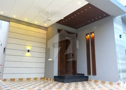 Air Avenue  Block N  Brand New Modern Style House For Sale