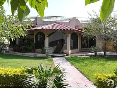Bani Gala 3 Bed Farm House For Rent At VIP Location