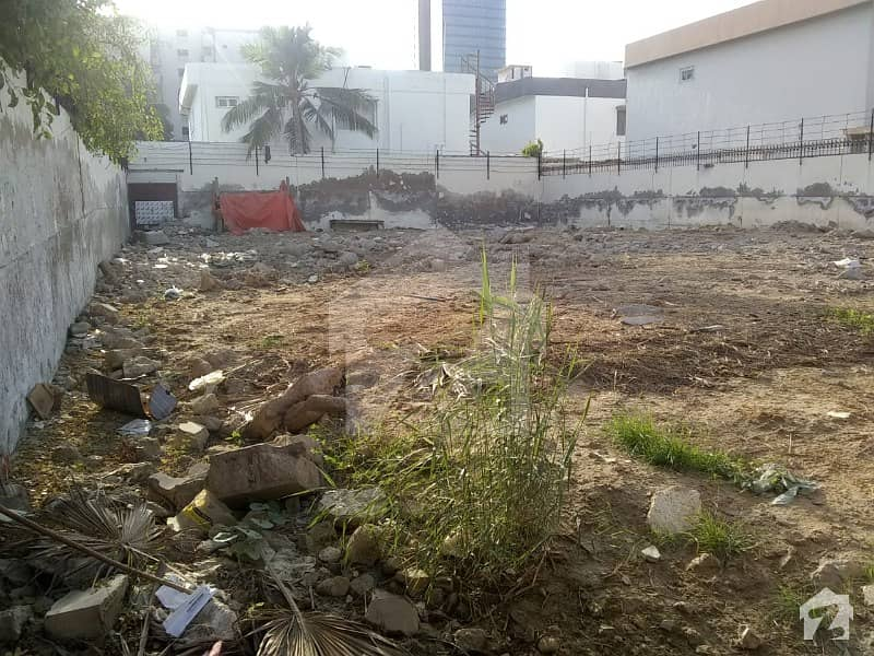 Plot For Sale In Clifton Block 8 Hot Location Park Facing