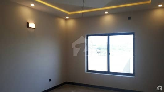4 Marla House Ideally Situated In D-12