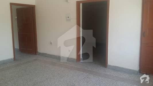 جی ۔ 10 مرکز جی ۔ 10 اسلام آباد میں 2 کمروں کا 3 مرلہ فلیٹ 58 لاکھ میں برائے فروخت۔