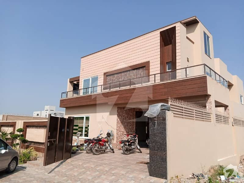 House Sized 4500  Square Feet Is Available For Sale In Dha Defence