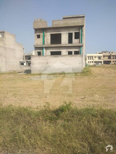 7 Marla Under Structure House For Sale In Umer Block