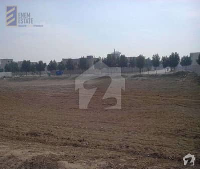 1 Kanal Residential Plot Available For Sale In DHA Phase 3 - Block Y