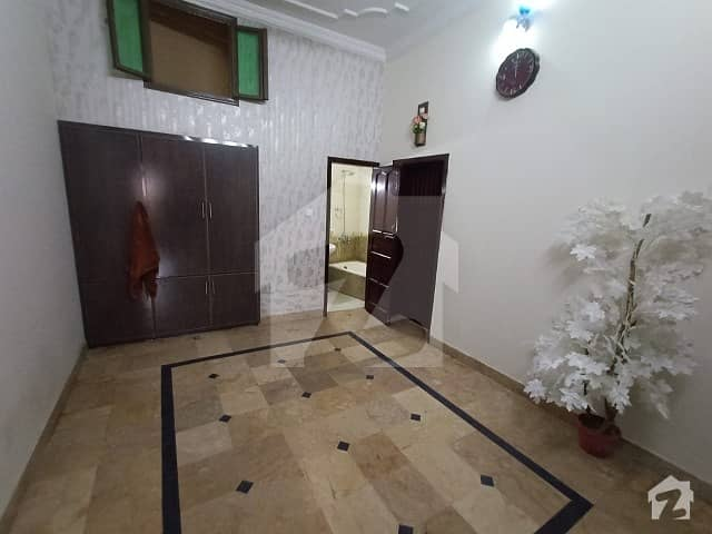 1350  Square Feet House Is Available In Afshan Colony