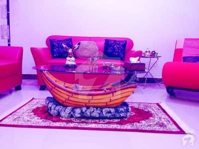 جناح ایونیو کراچی میں 2 کمروں کا 4 مرلہ فلیٹ 1 کروڑ میں برائے فروخت۔