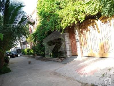 طارق روڈ کراچی میں 5 کمروں کا 1 مرلہ مکان 1.85 لاکھ میں کرایہ پر دستیاب ہے۔