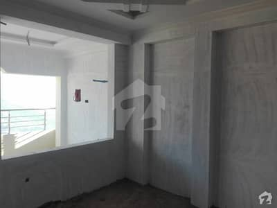 1000 Square Feet Flat In Murree Expressway For Sale At Good Location