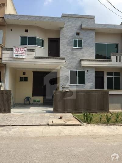 مارگلہ ٹاؤن فیز 2 مارگلہ ٹاؤن اسلام آباد میں 6 کمروں کا 8 مرلہ مکان 3.25 کروڑ میں برائے فروخت۔