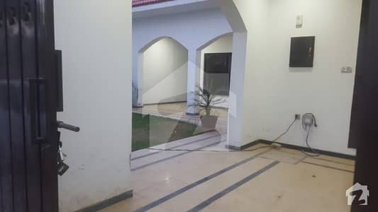 1800  Square Feet House Up For Rent In Shah Allah Ditta