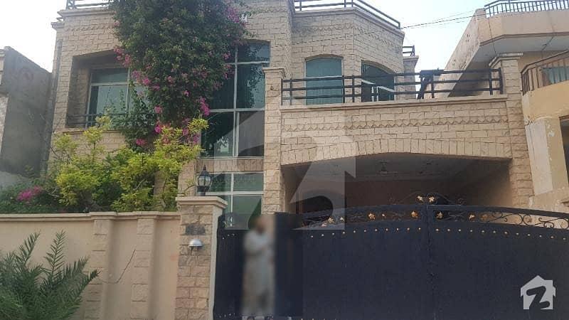گلریز ہاؤسنگ سوسائٹی فیز 2 گلریز ہاؤسنگ سکیم راولپنڈی میں 9 کمروں کا 10 مرلہ مکان 1.95 کروڑ میں برائے فروخت۔