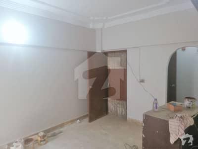 گلستانِِ جوہر ۔ بلاک 11 گلستانِ جوہر کراچی میں 3 کمروں کا 6 مرلہ مکان 70 لاکھ میں برائے فروخت۔