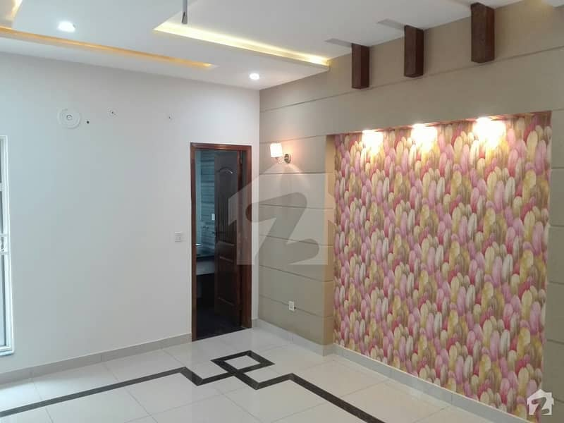 10 Marla House Is Available In Bahria Town