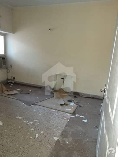 آئی ۔ 10/1 آئی ۔ 10 اسلام آباد میں 4 کمروں کا 5 مرلہ مکان 50 ہزار میں کرایہ پر دستیاب ہے۔