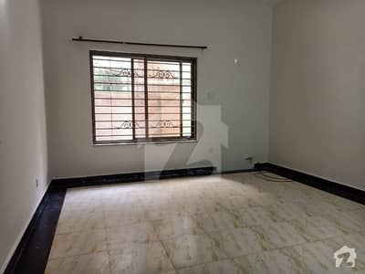 Lower Portion For Rent