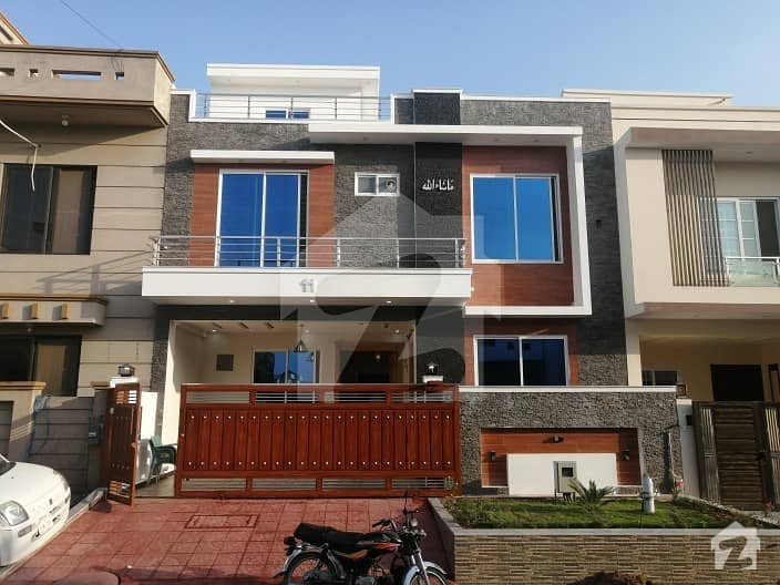 G 13 Brand New 30 60 Solid  House For Sale All Diar Solid Wood Work Very Ideally Located Near Park Market Masjid Very Solid Construction