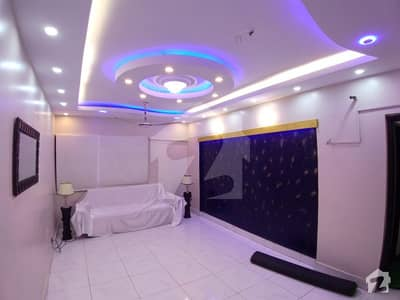 Gulshan-E-Iqbal Town Flat Sized 1250  Square Feet Is Available