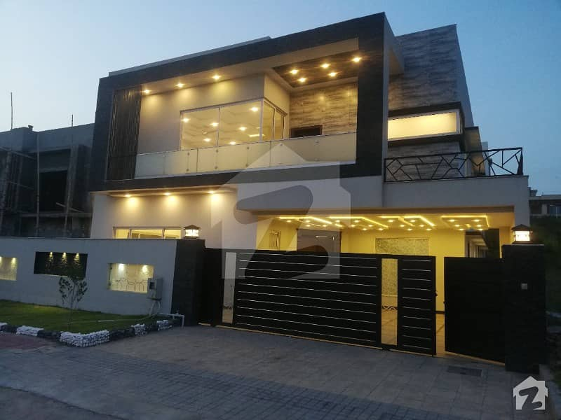 Opportunity Brand New House 1 Kanal For Sale