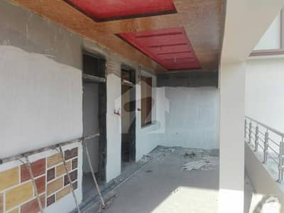 Stunning 1000 Square Feet Flat In Murree Expressway Available