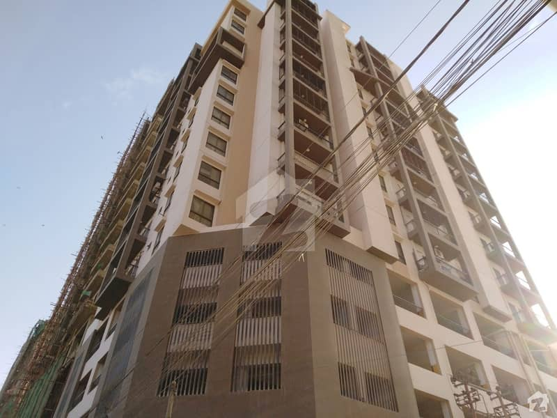 In Clifton 1800  Square Feet Flat For Sale
