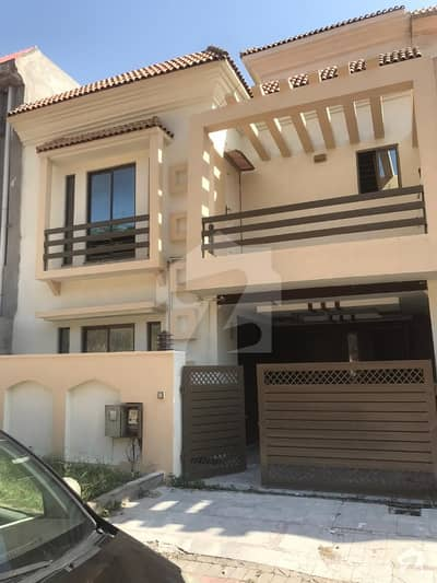 05 Marla 03 Bed House is Available For Sale