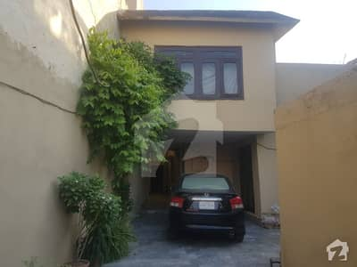 Perfect 3150  Square Feet House In Dheri Hassanabad For Sale