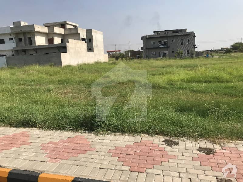 Ideal Residential Plot For Sale In F-17