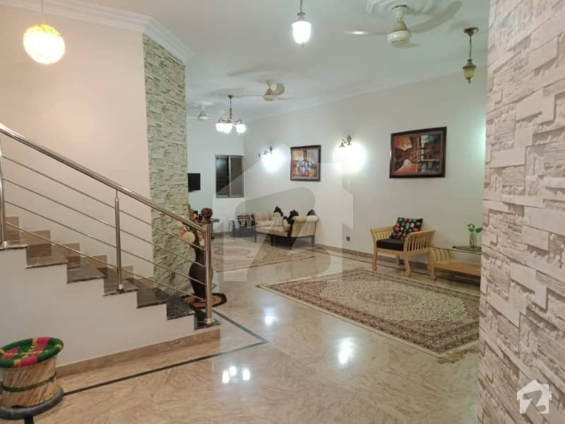 200 Sq  Yards Double Storey  House For Sale