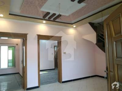 ارباب سبز علی خان ٹاؤن ایگزیکٹو لاجز ارباب سبز علی خان ٹاؤن ورسک روڈ پشاور میں 5 کمروں کا 5 مرلہ مکان 1.18 کروڑ میں برائے فروخت۔