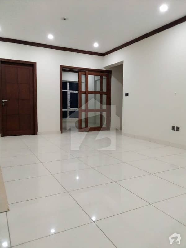 Brand New 03 Bedroom Apartment Bungalow Facing Available For Sale