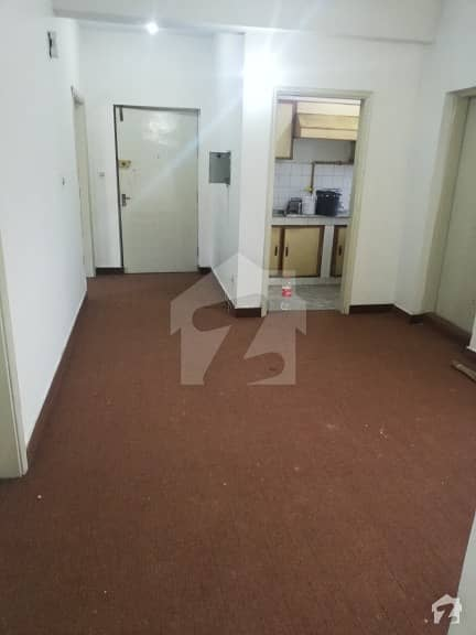 جی ۔ 11/4 جی ۔ 11 اسلام آباد میں 3 کمروں کا 4 مرلہ فلیٹ 75 لاکھ میں برائے فروخت۔
