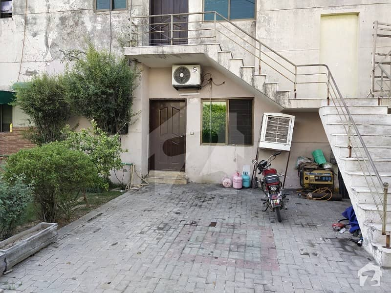 Ground Floor Two Bed Appartment For Sale