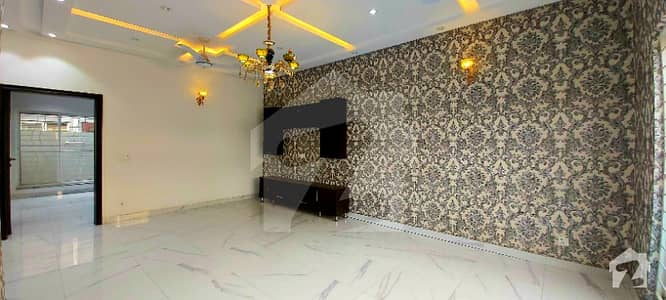 05 Marla Luxury Bungalow For Sale In State Life Housing Society Good Location Reasonable Price