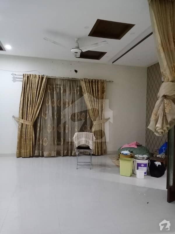 اسٹیٹ لائف فیز 1 - بلاک ایف اسٹیٹ لائف ہاؤسنگ فیز 1 اسٹیٹ لائف ہاؤسنگ سوسائٹی لاہور میں 4 کمروں کا 10 مرلہ مکان 75 ہزار میں کرایہ پر دستیاب ہے۔