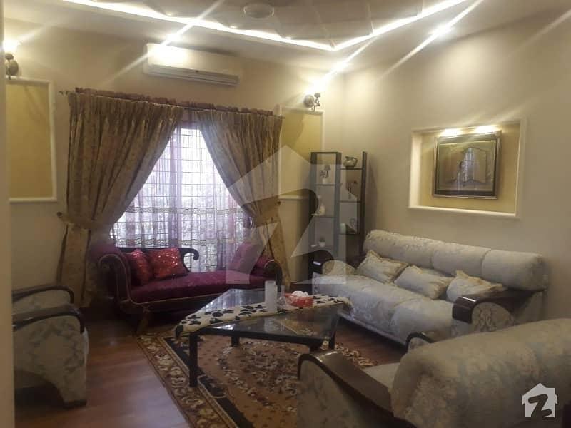 بحریہ ٹاؤن جوہر بلاک بحریہ ٹاؤن سیکٹر ای بحریہ ٹاؤن لاہور میں 5 کمروں کا 10 مرلہ مکان 1.85 کروڑ میں برائے فروخت۔