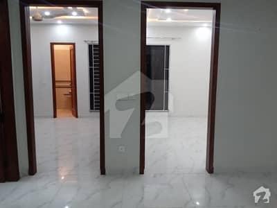 ڈی ایچ اے 11 رہبر فیز 1 ڈی ایچ اے 11 رہبر لاہور میں 3 کمروں کا 10 مرلہ بالائی پورشن 42 ہزار میں کرایہ پر دستیاب ہے۔