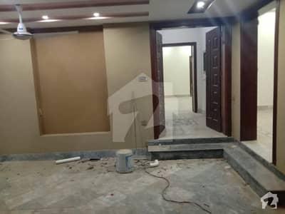 بحریہ ٹاؤن - اوورسیز ایکسٹینشن بحریہ ٹاؤن اوورسیز انکلیو بحریہ ٹاؤن لاہور میں 4 کمروں کا 10 مرلہ مکان 75 ہزار میں کرایہ پر دستیاب ہے۔