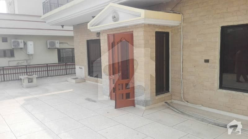 House In I-8 Sized 2250  Square Feet Is Available