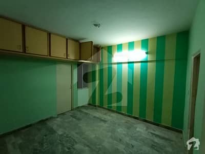 Flat Of 850  Square Feet In North Karachi Is Available