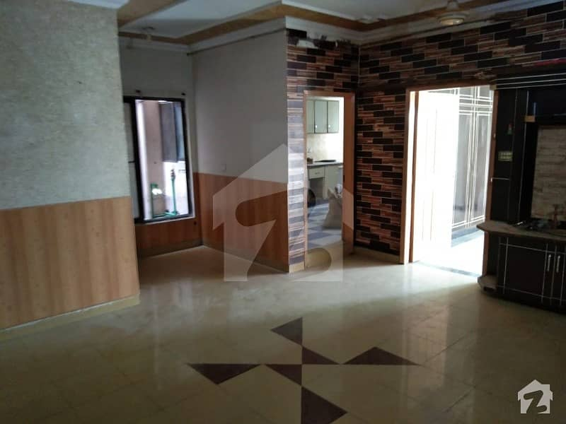 1125 Square Feet Flat In Mustafa Town For Sale